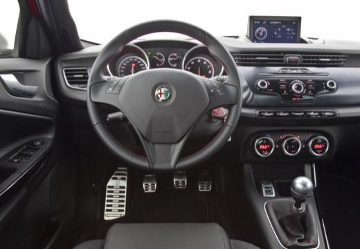 ALFA ROMEO Giulietta I hatchback tablica rozdzielcza