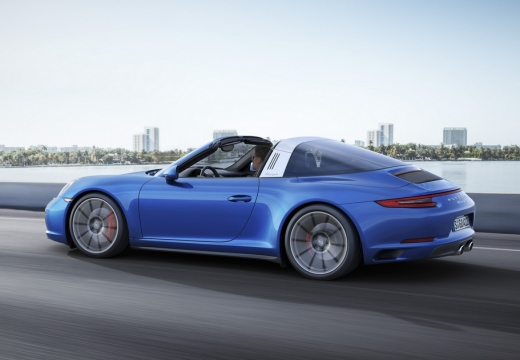 PORSCHE 911 991 II coupe niebieski jasny boczny lewy