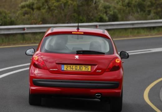 PEUGEOT 207 I hatchback czerwony jasny tylny