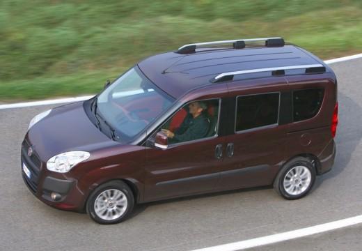 FIAT Doblo III kombi fioletowy przedni lewy