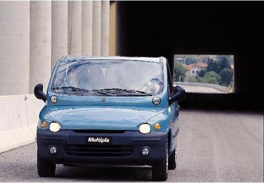 FIAT Multipla I kombi niebieski jasny przedni