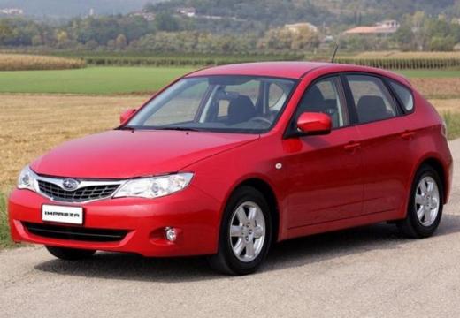 SUBARU Impreza I hatchback czerwony jasny