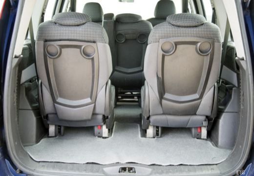 FIAT Ulysse III van niebieski jasny przestrzeń załadunkowa