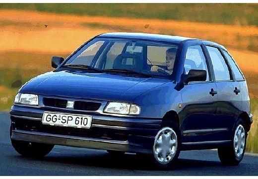 SEAT Ibiza II hatchback niebieski jasny przedni lewy