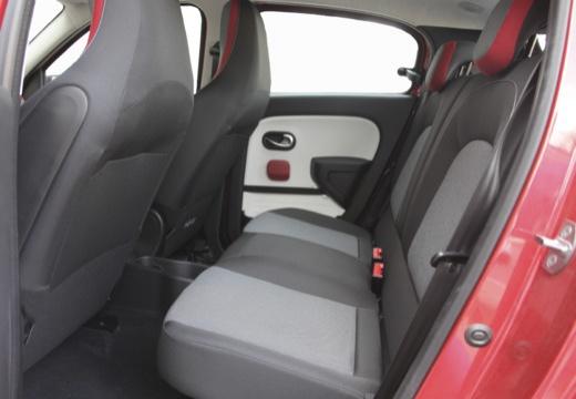 RENAULT Twingo hatchback czerwony jasny wnętrze