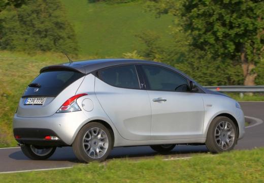 LANCIA Ypsilon III hatchback silver grey tylny prawy