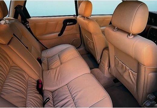 OPEL Vectra B II hatchback wnętrze