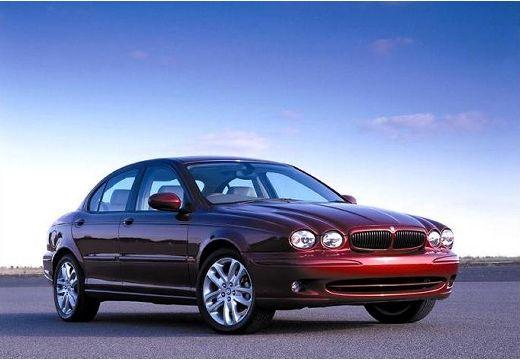 JAGUAR X-Type I sedan bordeaux (czerwony ciemny) przedni prawy