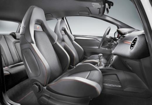 FIAT Punto Evo hatchback wnętrze