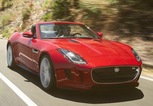 JAGUAR F-Type kabriolet czerwony jasny przedni prawy