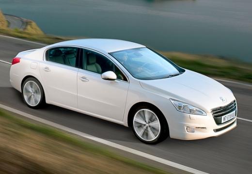 PEUGEOT 508 sedan biały przedni prawy