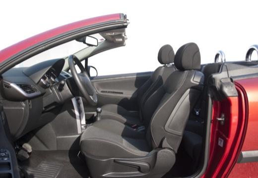 PEUGEOT 207 CC I kabriolet wnętrze