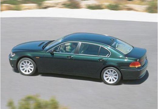 BMW Seria 7 E65 E66 I sedan zielony tylny lewy