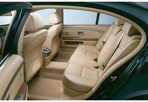 BMW Seria 7 E65 E66 I sedan zielony wnętrze