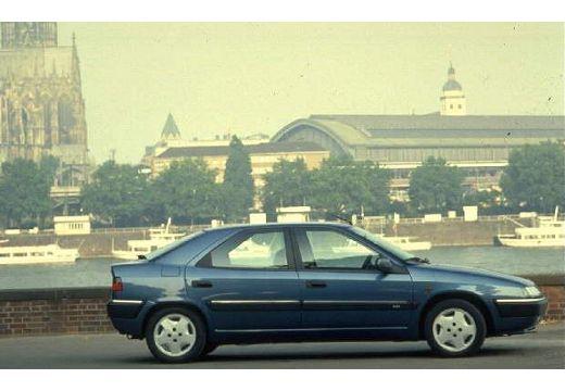 CITROEN Xantia hatchback boczny prawy