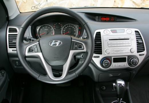 HYUNDAI i20 1.2 Classic + EU5 Hatchback I 1.3 78KM (benzyna)