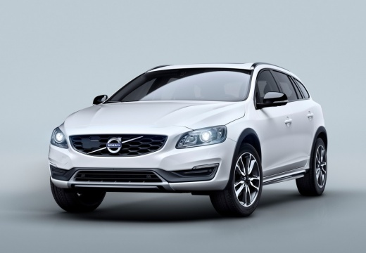 VOLVO V60 Kombi Cross Country I