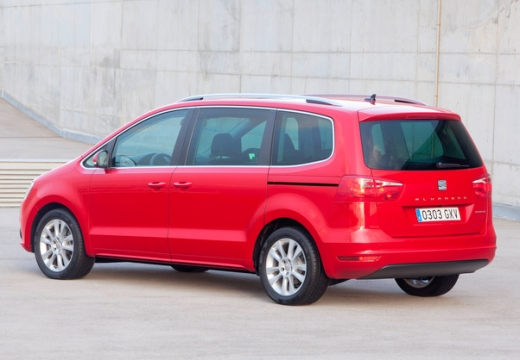 SEAT Alhambra III van czerwony jasny tylny lewy