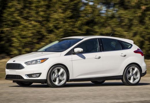 FORD Focus VI hatchback biały przedni lewy