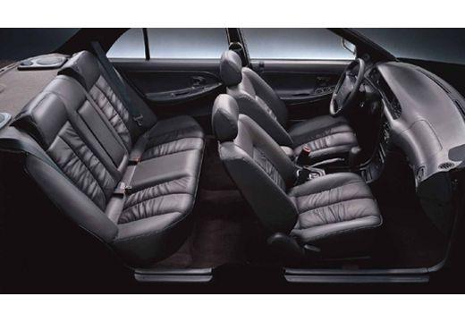HYUNDAI Sonata III sedan wnętrze