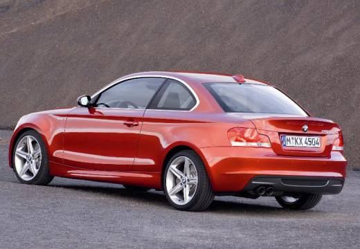 BMW Seria 1 coupe pomarańczowy tylny lewy