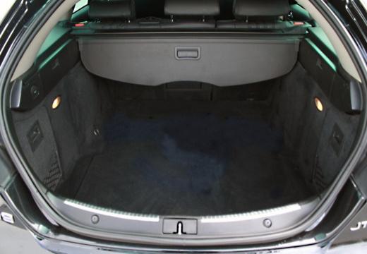 ALFA ROMEO 159 Sportwagon kombi przestrzeń załadunkowa
