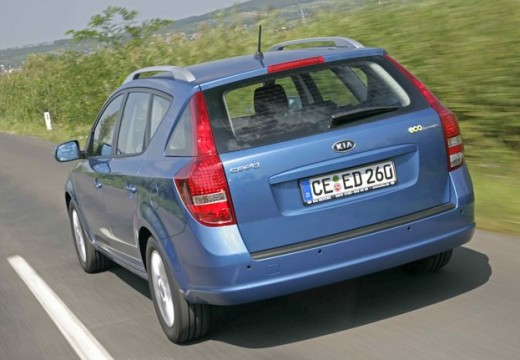 KIA Ceed Sporty Wagon II kombi niebieski jasny tylny lewy