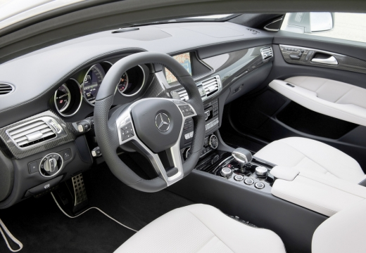 MERCEDES-BENZ Klasa CLS Shooting Brake C 218 I kombi tablica rozdzielcza