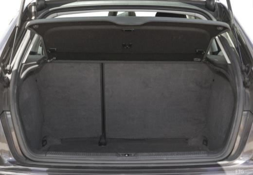 AUDI A3 Sportback I hatchback przestrzeń załadunkowa