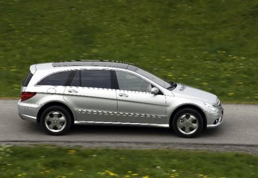 MERCEDES-BENZ Klasa R W 251 II kombi silver grey boczny prawy