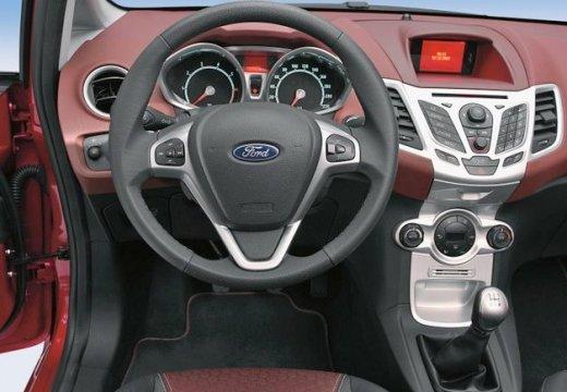 FORD Fiesta VII hatchback czerwony jasny tablica rozdzielcza