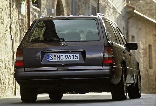 MERCEDES-BENZ 124 200-320TE T kombi szary ciemny tylny prawy