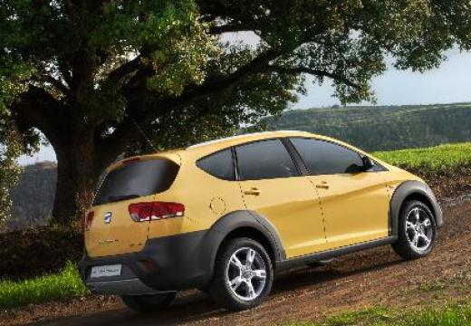 SEAT Altea XL II hatchback żółty tylny prawy