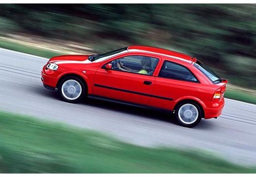 OPEL Astra II hatchback czerwony jasny boczny lewy