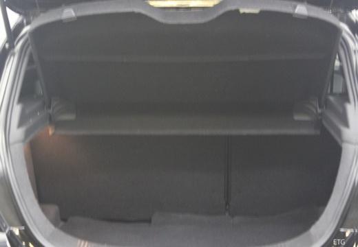 OPEL Astra III GTC II hatchback przestrzeń załadunkowa