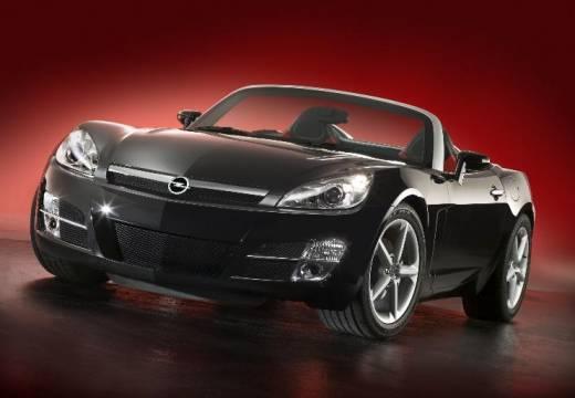 OPEL GT roadster czarny przedni lewy