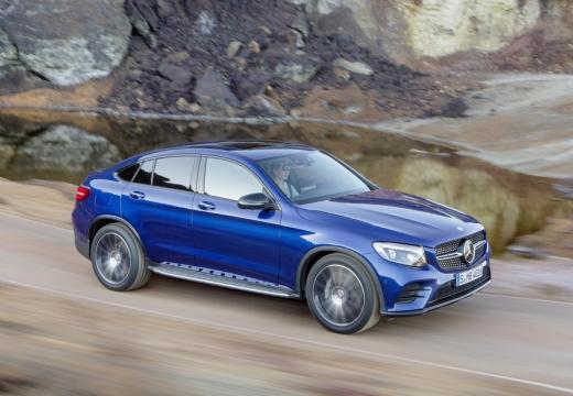 MERCEDES-BENZ Klasa GLC hatchback niebieski jasny przedni prawy