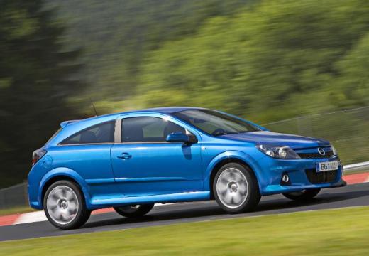 OPEL Astra III GTC II hatchback niebieski jasny przedni prawy