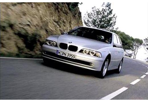 BMW Seria 5 Touring E39/4 kombi silver grey przedni lewy