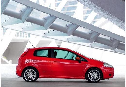 FIAT Punto Grande hatchback czerwony jasny boczny prawy