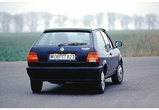 VOLKSWAGEN Polo coupe niebieski jasny tylny prawy