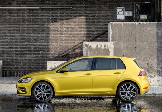 VOLKSWAGEN Golf VII II hatchback żółty boczny lewy