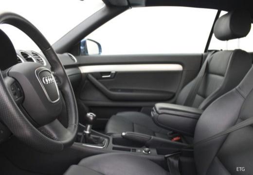 AUDI A4 Cabriolet 8H II kabriolet wnętrze