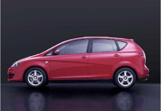 SEAT Altea hatchback czerwony jasny boczny lewy