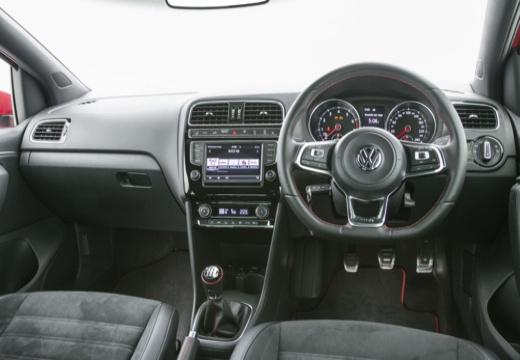 VOLKSWAGEN Polo V II hatchback tablica rozdzielcza