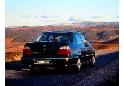 DAEWOO / FSO Nexia sedan czarny tylny prawy