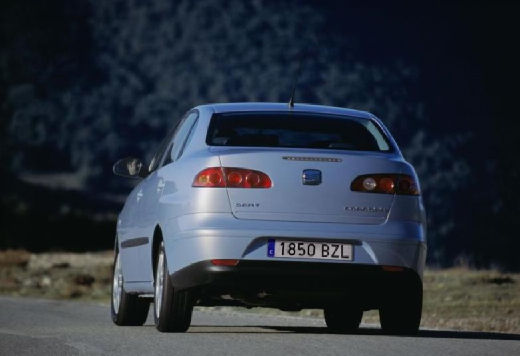 SEAT Cordoba III sedan silver grey tylny lewy