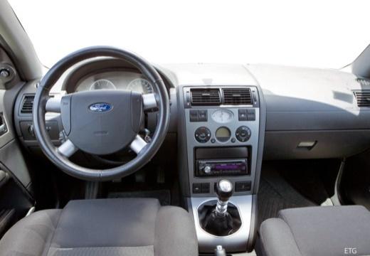 FORD Mondeo III hatchback tablica rozdzielcza