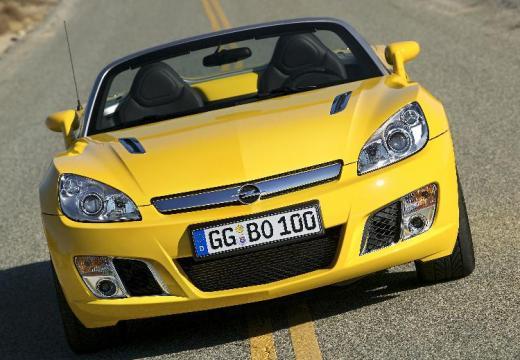 OPEL GT roadster żółty przedni