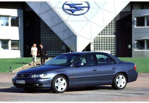 OPEL Omega sedan niebieski jasny przedni lewy